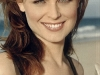 emily-deschanel-allure