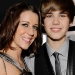 justin_bieber_and_mom_patti_mallette_getty_images_justin-bieber-and-patti-mallette-250-thumb-250x250-674461